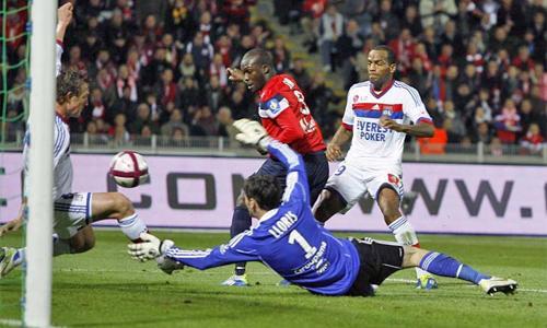 Avversarie Champions: bene il Lille, il Cksa travolge Eto'o