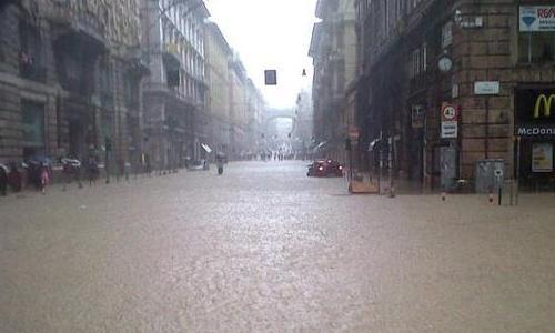 Genova sconvolta da un nubifragio: a forte rischio il match di domenica