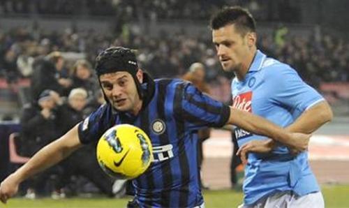 Cavani mata un'Inter distratta. Ora il riscatto contro il Lecce