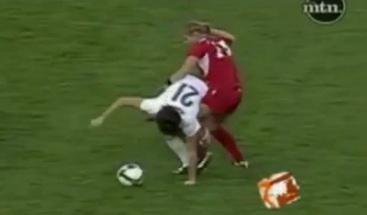 VIDEO - Ecco la picchiatrice in gonnellina che farebbe arrossire persino Pepe