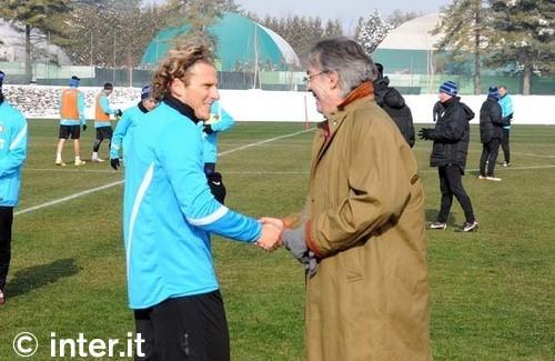 Appiano: Forlan e Stankovic in gruppo, Alvarez a parte. Terapie per Sneijder