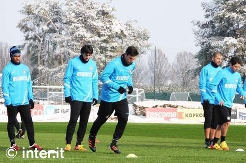Roma-Inter, i convocati: Sneijder e Alvarez non recuperano. E' emergenza a centrocampo