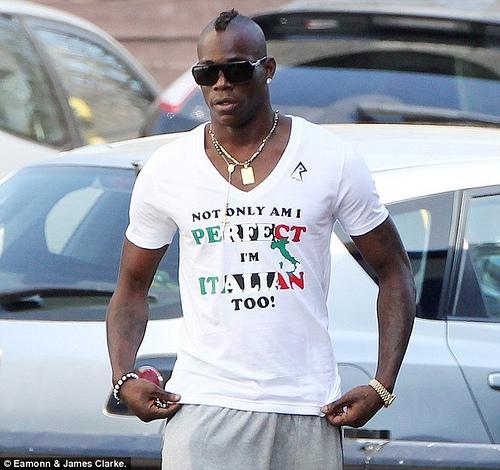 Balotelli - tshirt - non solo sono perfetto