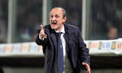 Da Mihajlovic a Rossi, un'annata disastrosa per la Fiorentina