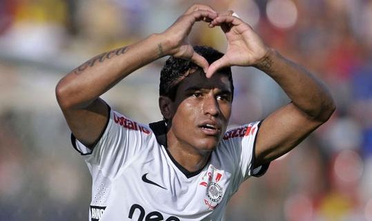Paulinho: prima il Mondiale per Club, poi l'Inter