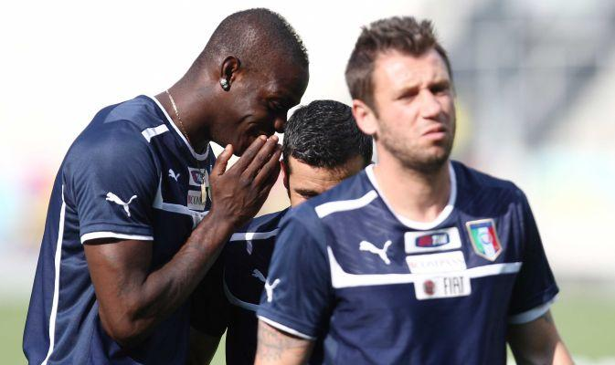 FOTO & VIDEO - Balotelli e Di Natale: scherzetto a Cassano