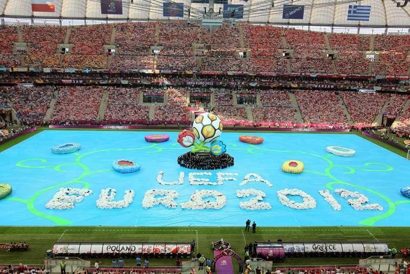 Euro 2012, Girone A: Repubblica Ceca e Grecia ai quarti, shock Russia