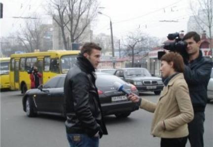 VIDEO - Clamoroso post-partita per Shevchenko, incidente d'auto con...