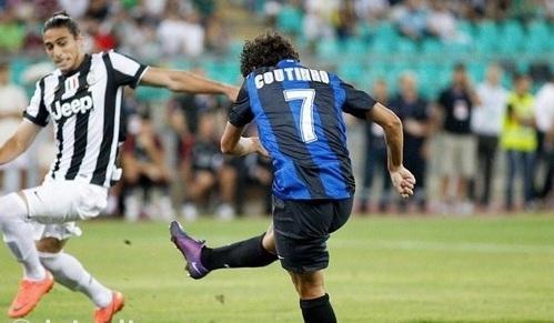 Trofeo Tim - Altro errore di Lucio e Coutinho non perdona: Juventus-Inter 0-1