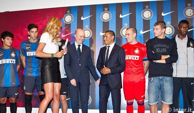 VIDEO - Ecco la prima uscita di Cordoba da dirigente dell'Inter