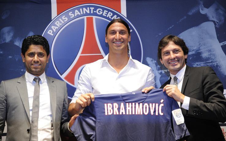VIDEO - Ibrahimovic cambia maglia, ma non perde il vizio: