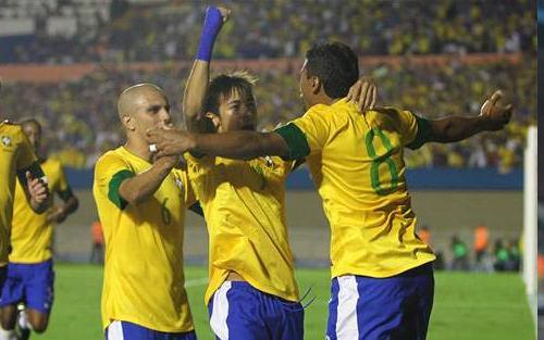 VIDEO - Il Brasile batte l'Argentina e si aggiudica l'andata del
