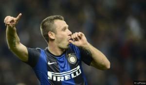 Cassano Inter-Fiorentina esultanza