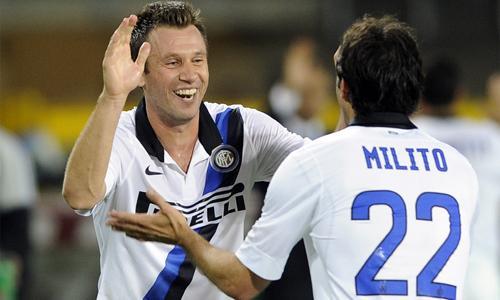 Inter-Fiorentina, Strama conferma la difesa a tre e si affida alla coppia Cassano-Milito