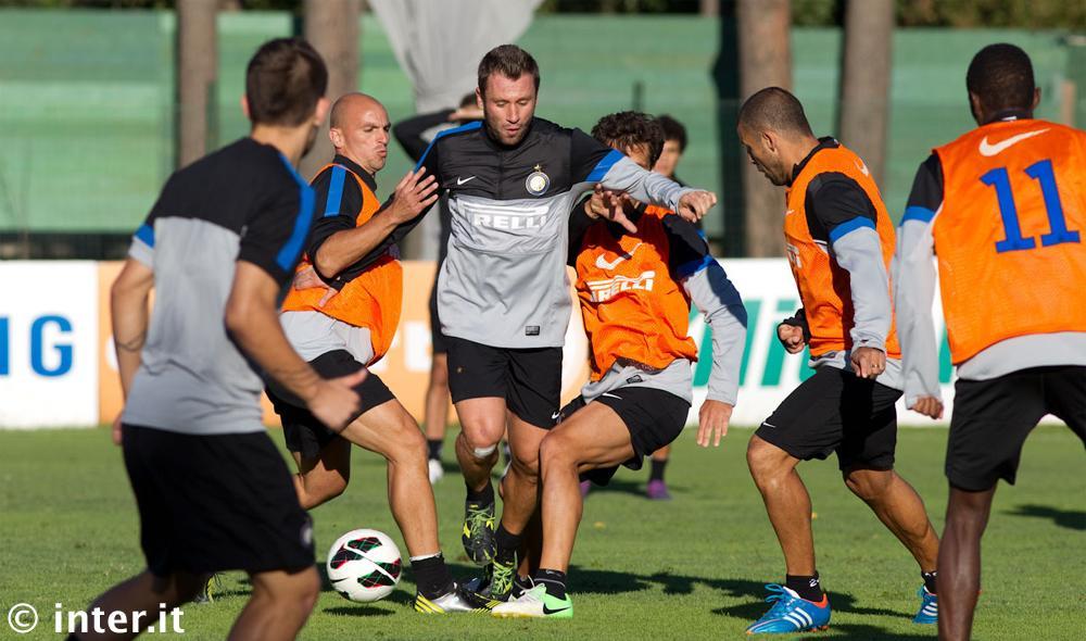 Verso Torino-Inter: Palacio recupera, ma Cassano è in vantaggio; in difesa torna <i>The Wall</i>