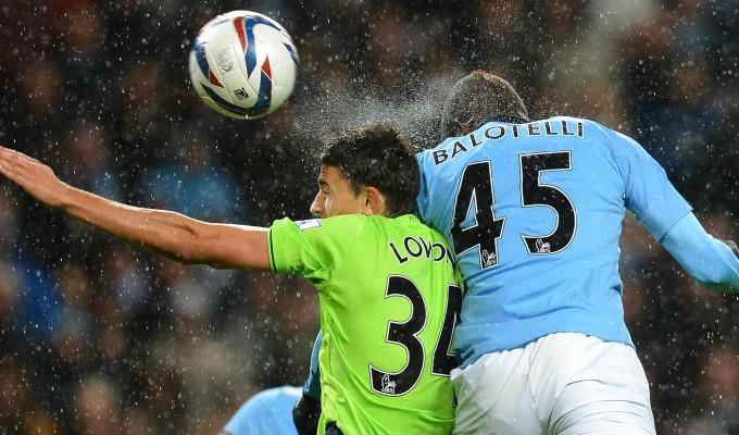 VIDEO - Balotelli torna al gol, ma il Manchester City viene eliminato dalla Carling Cup