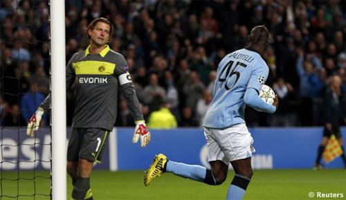 VIDEO - Champions League: Balotelli salva il Manchester City e zittisce il portiere avversario