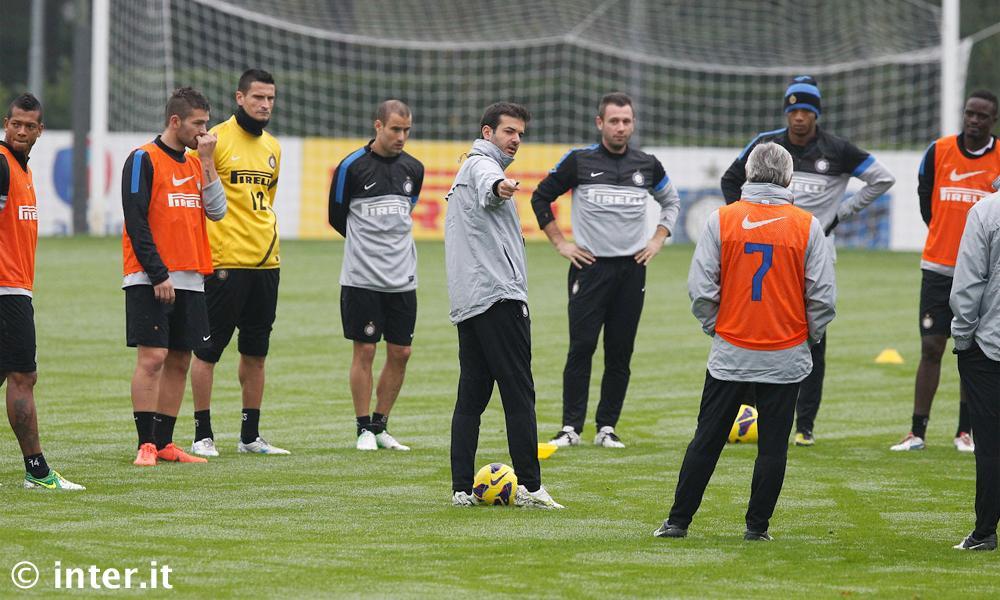Strama chiama i suoi a raccolta. L'Inter vuole ripartire subito...