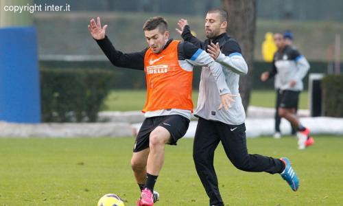 PHOTOGALLERY - Seconda seduta verso Inter-Cagliari: Samuel e Ranocchia con il gruppo...
