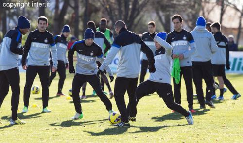 L'Inter torna al lavoro ad Appiano: squadra divisa in due gruppi. Strama assente perchè...