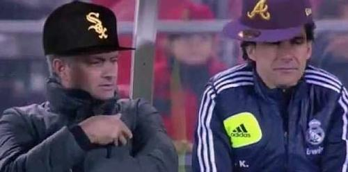 VIDEO - Mourinho scatenato in panchina e le sue movenze ispirano una parodia-rap