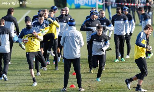 Inter-Neftçi, 20 convocati: confermata l'assenza di Sneijder, c'è Cassano