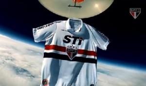 Sao Paulo maglia spazio