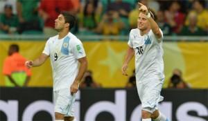 Confederations Cup 2013 Uruguay Nigeria Forlan Suarez