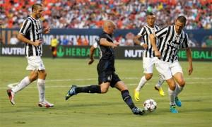 Esteban Cambiasso Inter vs Juventus (Guinness International Champions Cup)