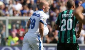 Esteban Cambiasso esultanza Sassuolo-Inter figlio