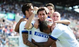 Sassuolo-Inter esultanza Milito