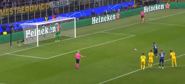 Inter-Borussia, rigore da ripetere? Le immagini chiariscono ogni dubbio