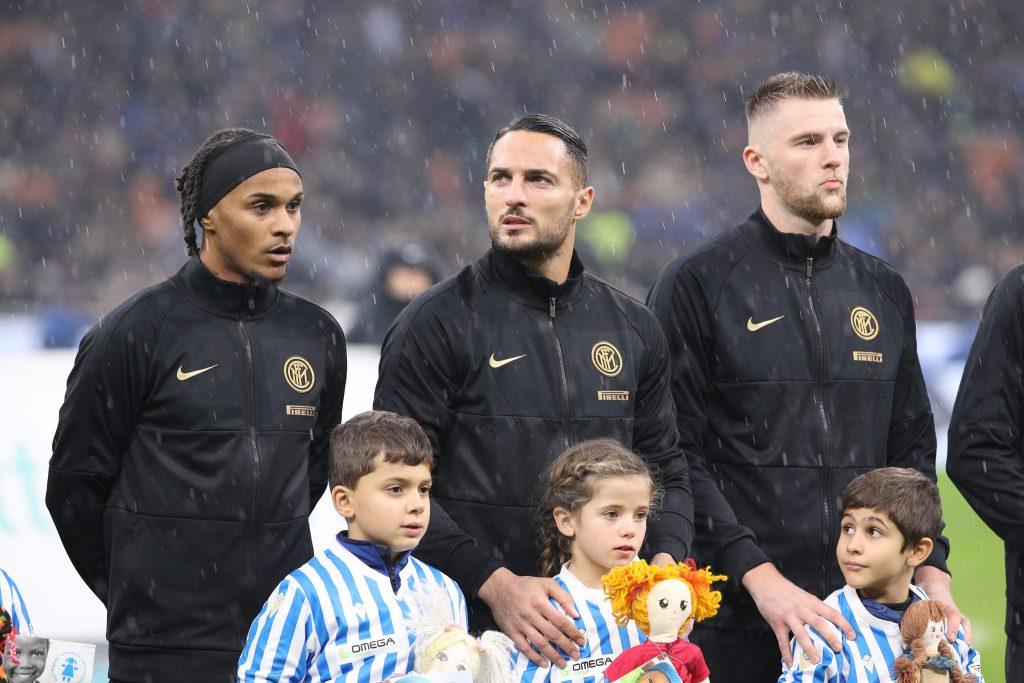 Verso Inter-Barcellona: squadra decimata, dubbi solo sugli esterni