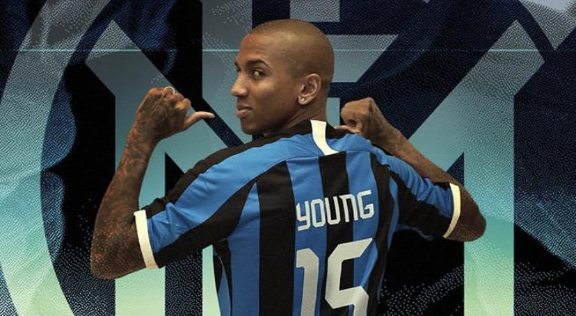 Young - Brutte notizie per l'Inter: l'esterno è ancora positivo al Covid