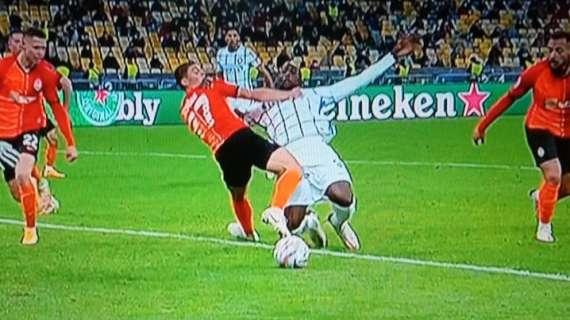 GdS - La moviola di Shakhtar-Inter, rigore netto su Lukaku, bocciato Kabakov: