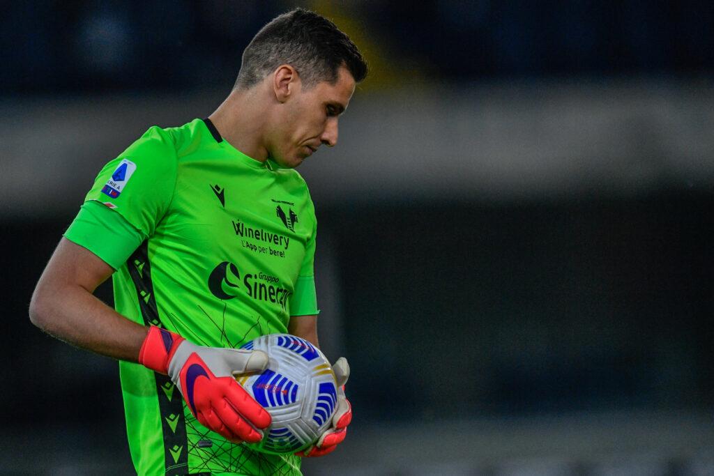 L'Inter punta Silvestri del Verona