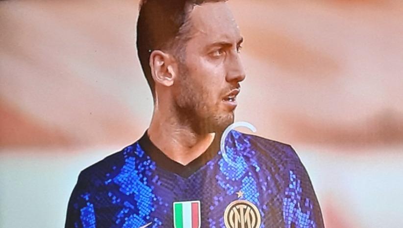 Problemi di visione nei primi minuti di Inter-Genoa: sul web è bufera contro DAZN