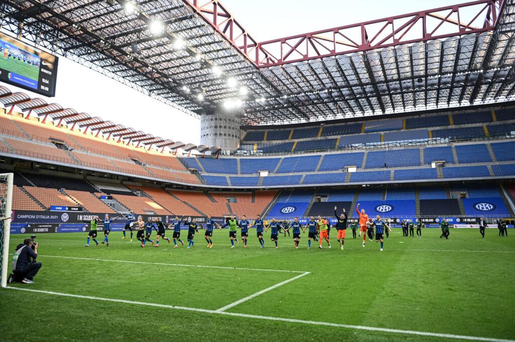 Champions League: il Milan abbassa i prezzi dei biglietti, adesso quelli dell'Inter costano di più