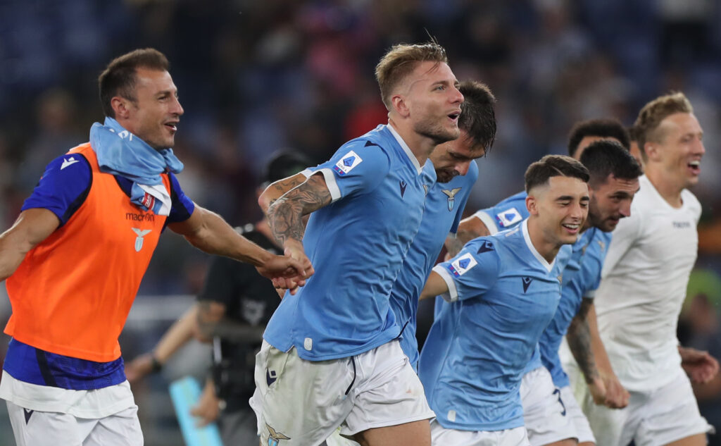 Lazio, un calciatore recupera per la sfida contro l'Inter