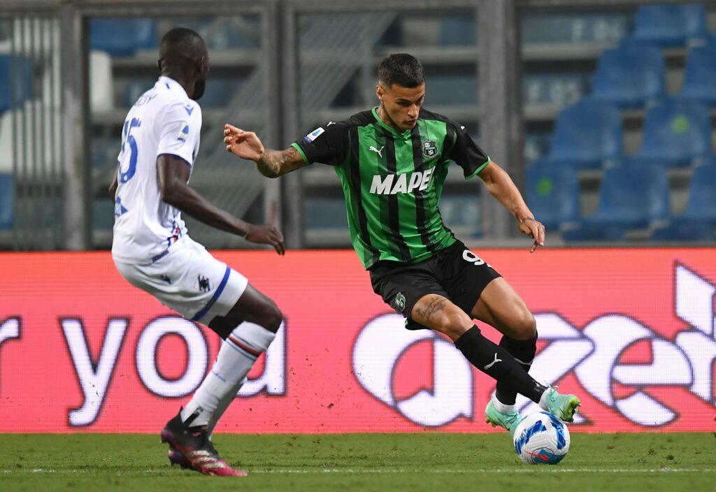 Inter, chi la spunta tra Scamacca e Raspadori? La scelta del club