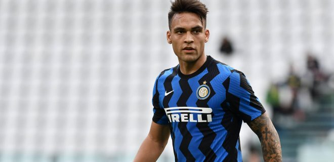 Lautaro Martonez of FC Internazionale in action during the Serie A 2020/21 football match between Juventus FC and FC Internazionale at Allianz Stadium, Turin, Italy on May 15, 2021 - Photo ReporterTorino / LiveMedia PUBLICATIONxINxGERxSUIxAUTxONLY Copyright: xLiveMedia/ReporterxTorinox/xIPAx/xLiveMediax 0