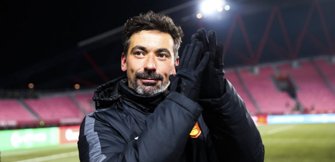 LANGFANG, CHINA - NOVEMBER 27: Ezequiel Lavezzi of Hebei China Fortune says goodbye to supporters after the 2019 Chinese Football Association Super League CSL 29th round match between Hebei China Fortune and Guangzhou Evergrande at Langfang Stadium on November 27, 2019 in Langfang, Hebei Province of China. PUBLICATIONxINxGERxSUIxAUTxHUNxONLY Copyright: xVCGx CFP111261174820