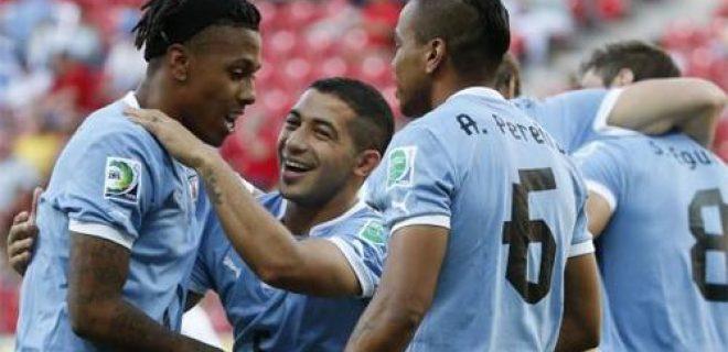 Abel Hernandez Uruguay-Tahiti Confederations Cup 2013