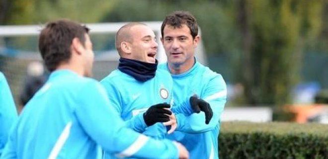Allenamento Sneijder-Stankovic (2)