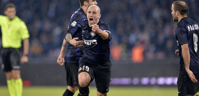 Cambiasso esultanza Napoli-Inter