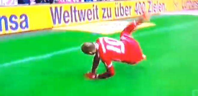 Celebration fail Robben