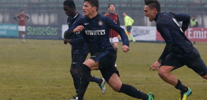Derby Primavera Inter-Milan esultanza Bonazzoli