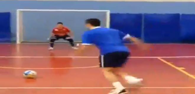 Falcao penalty Futsal