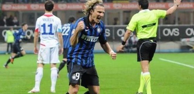 Forlan gol Inter-Catania