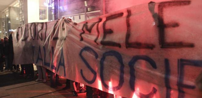 contestazione tifosi Inter scambio Guarin-Vucinic
